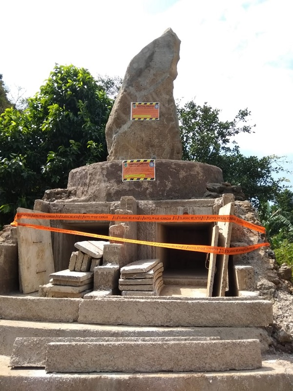 Makam Sunda Wiwitan Disegel, Stop Promosi Wisata Budaya!