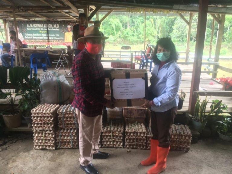 Bupati Kalatiku Aksi Nyata Bantu Korban Banjir Masamba