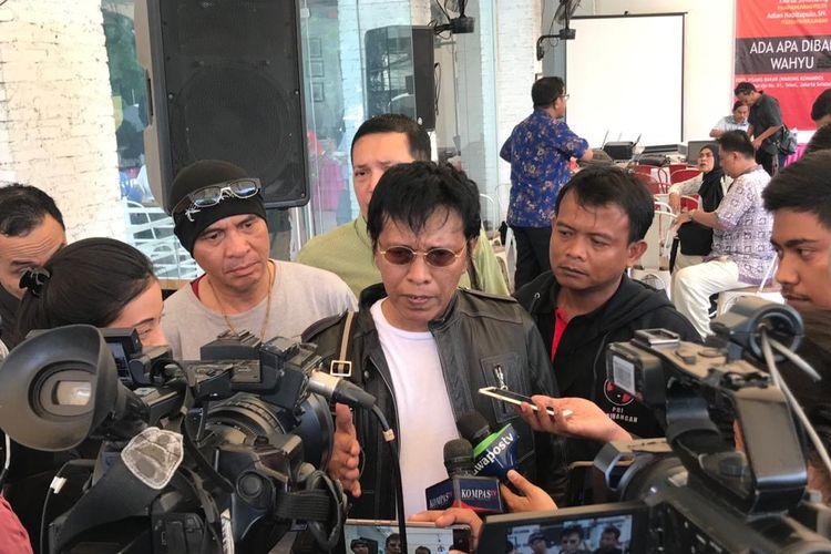 Kembali, Adian Hujani Kritikan Pedas ke Erick Thohir
