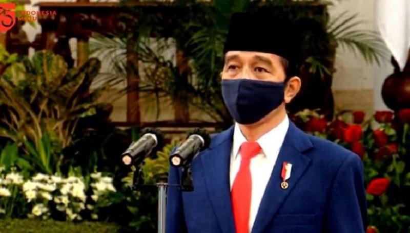 Dua PolitisiPDI Perjuangan TerimaBintang Jasa Utama