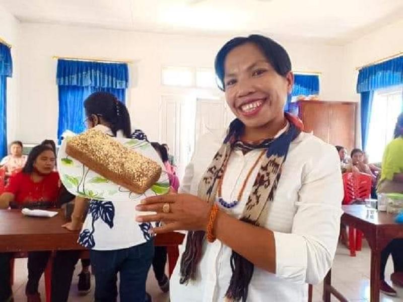 Ansy Lema Kagumi Semangat Berkreasi Perempuan NTT