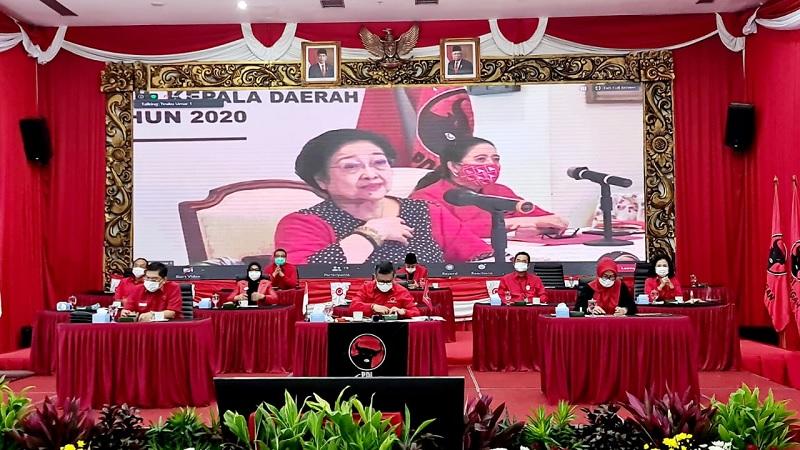 Megawati Akui Masih Kesulitan Cari Pemimpin Asal Sumbar