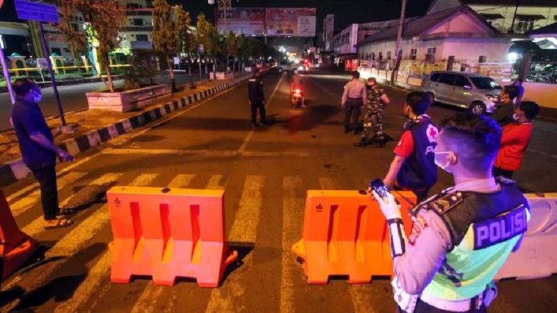 Gilbert: PSBB Total, Jakarta Harus Terapkan Jam Malam