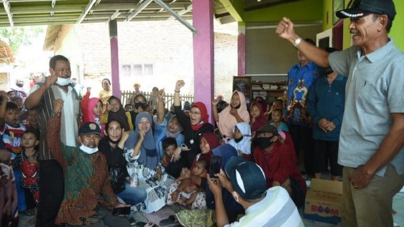 Pilkada Indramayu, Nina Silaturahmi ke Warga Cantigi