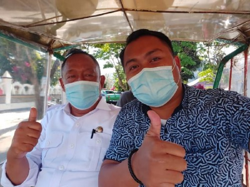 Keren! Bupati Toraja Utara Ngantor Pakai Bentor