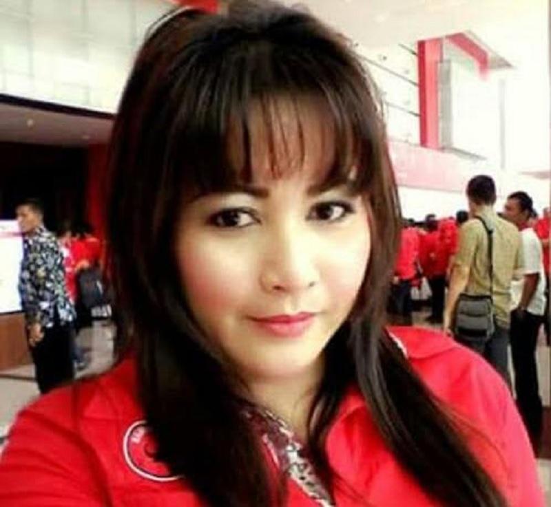 Dewi Tanjung Sebut KAMI, Kelompok Aki-aki Merana Indonesia