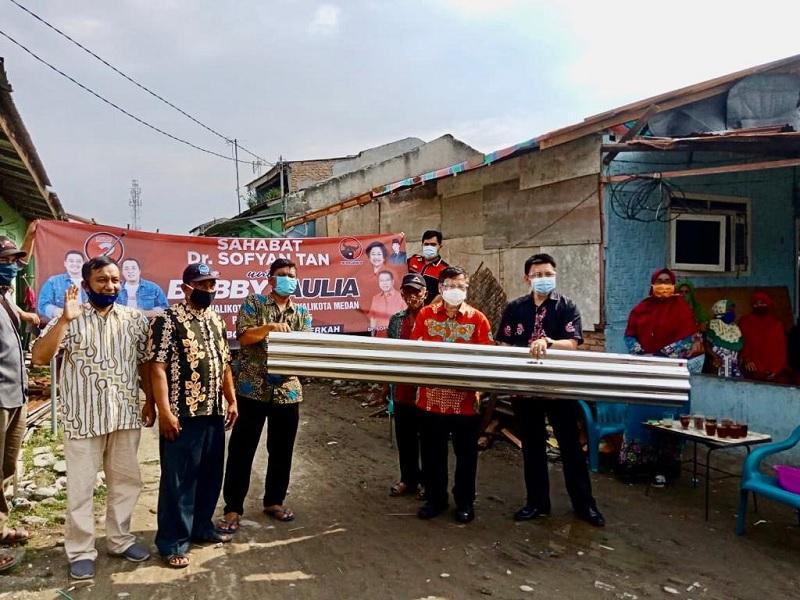 Sofyan Tan & Bobby-Aulia Bantu Korban Bencana di Tangkahan
