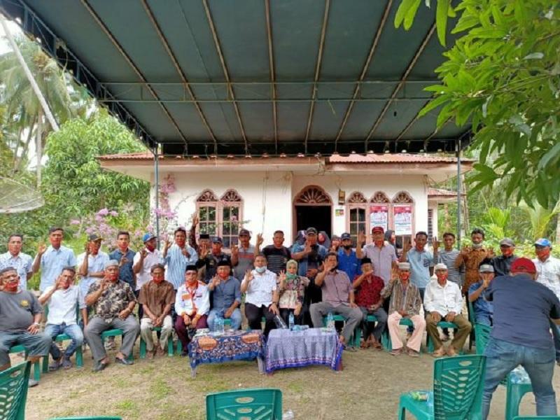 Ujung Tombak, Roswin Lantik Tim Relawan Jaga Desa