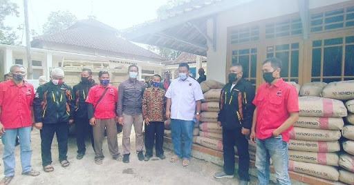 Banteng Garut Bantu Pembangunan Madrasah di Padamulya