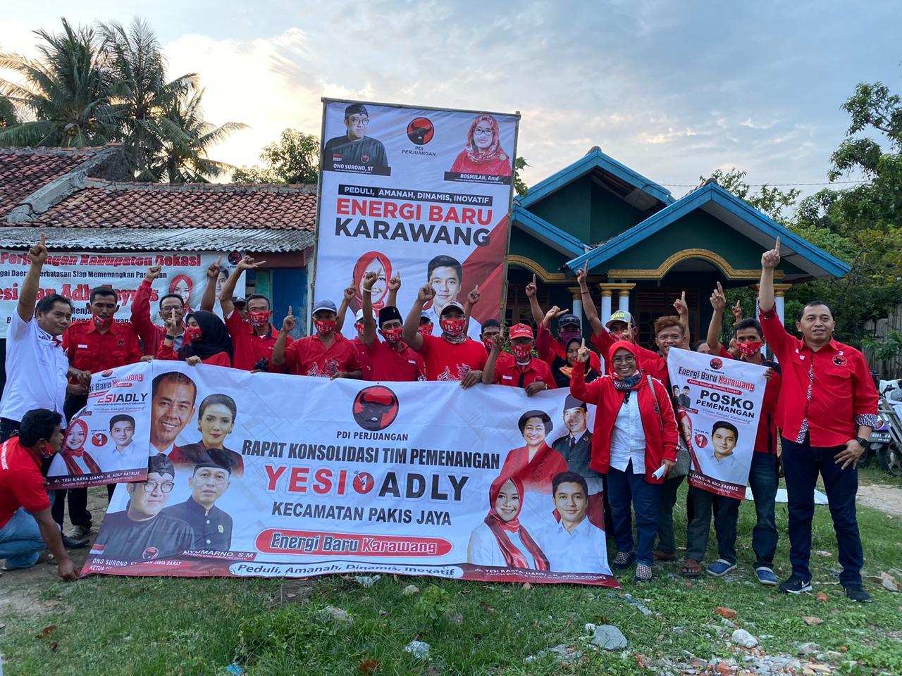 Banteng Bekasi Distribusikan Ribuan APK di Pakisjaya