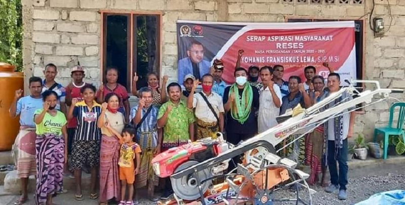 Ansy Pastikan Petani TTS Dapat Bantuan Hand Tractor
