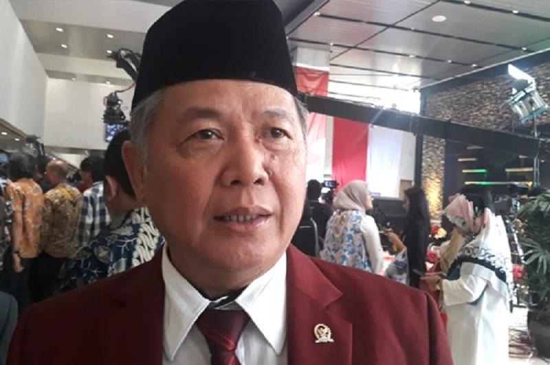 Setahun Jokowi, Upaya Tangani Cobaan & Badai Cukup Baik