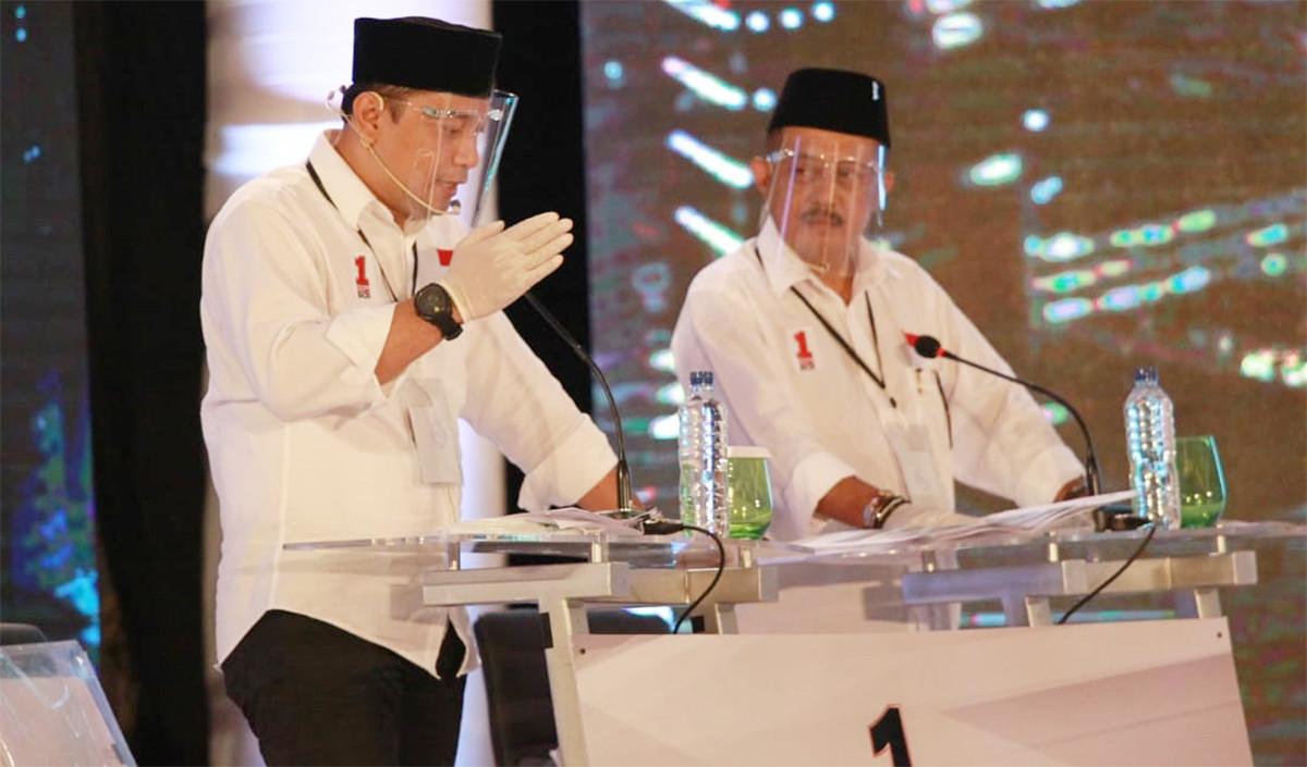 Debat Perdana, Eri Puji Keberhasilan Risma