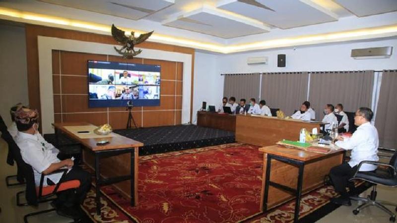 Bupati Anas Paparkan Ratusan Inovasi ke Dewan Penilai IGA