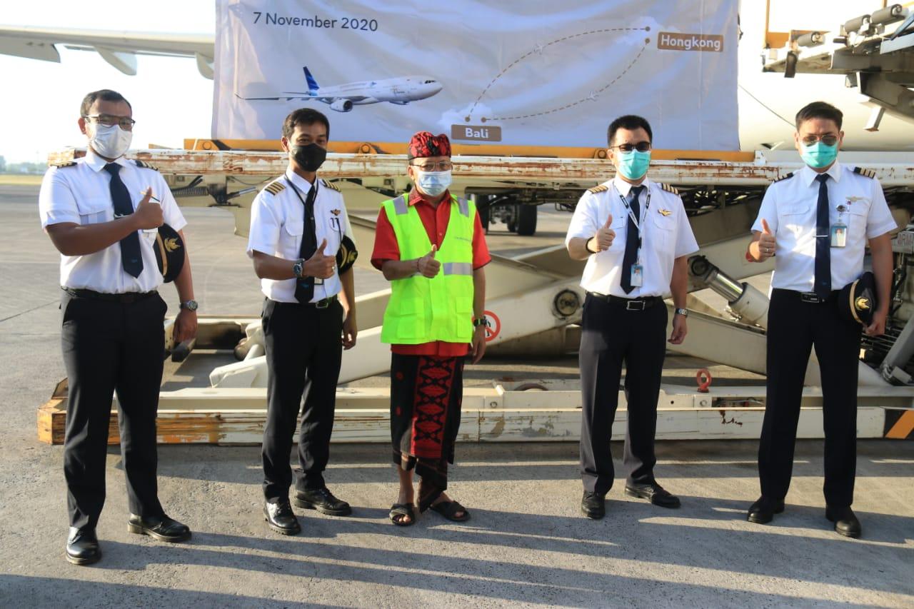 Koster Lepas Penerbangan Perdana Kargo ke Hongkong