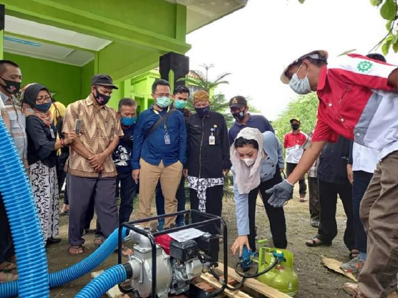 Paramitha Dukung Penyaluran Pompa BBG ke Petani Tegal