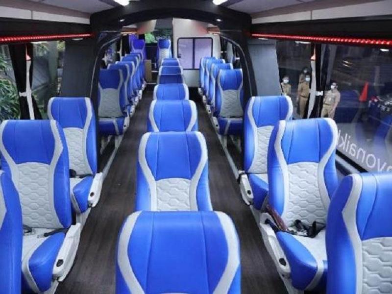 Ganjar Apresiasi Inovasi Teknologi Bus Anti Corona