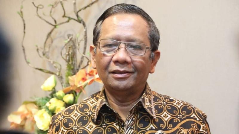 Tanggapi Emil, TB Hasanuddin: Pak Mahfud Tak Salah