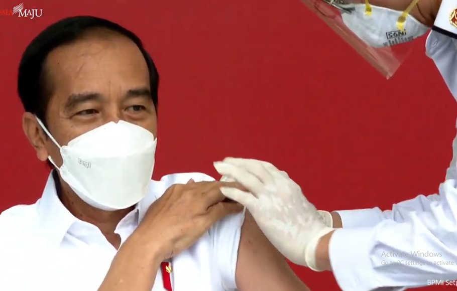 Presiden Jokowi Ingatkan Prokes Ketat Meski Sudah Divaksin