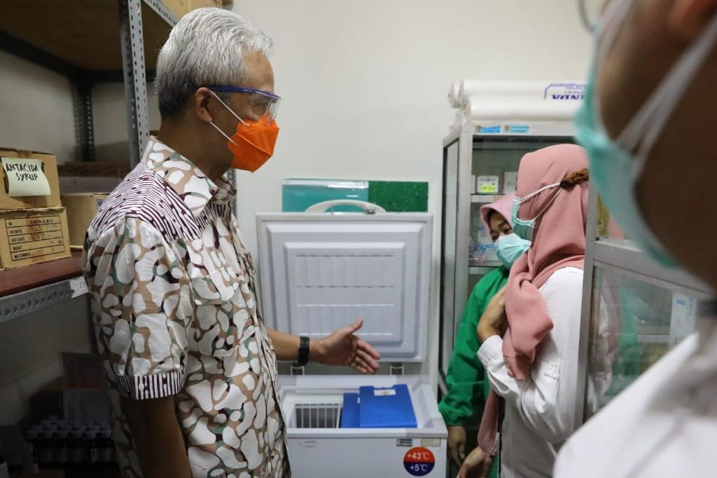 Ganjar Tinjau Faskes Jelang Pelaksanaan Vaksinasi