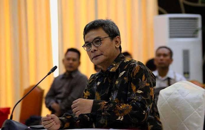 Johan Usulkan Guru Honorer Berusia 35 Tahun ke Atas Jadi PNS