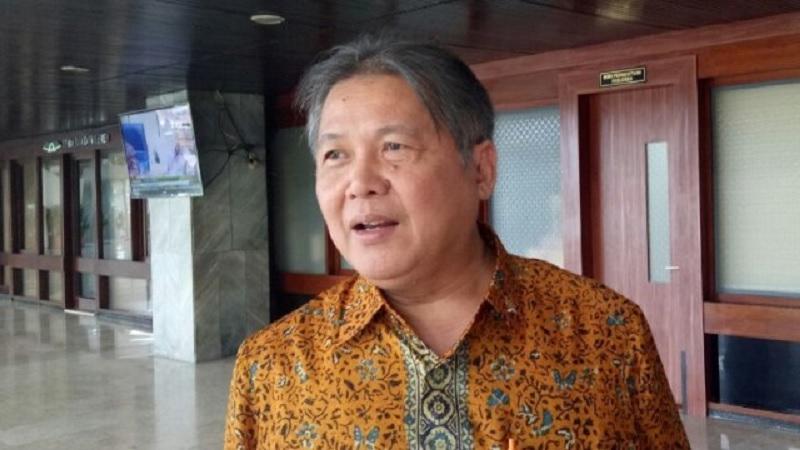 Hendrawan Ingatkan Prof Yusuf Leonard Harus Ukur Diri