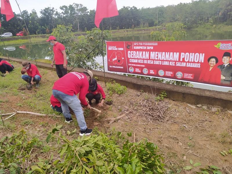 HUT Megawati, PDI Perjuangan Tapin Gelar Tanam Pohon