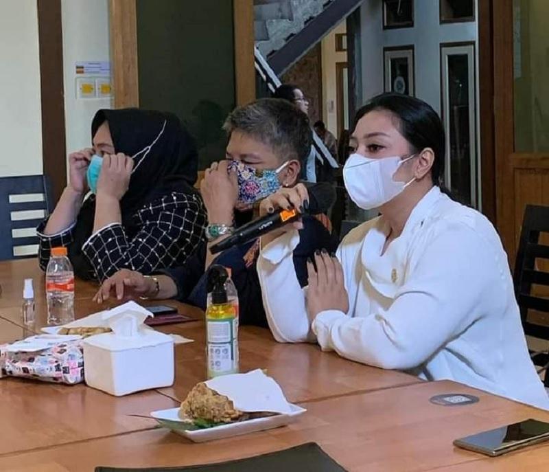 Di RS Bayukarta, Paramitha Pertanyakan Data Jamkestama