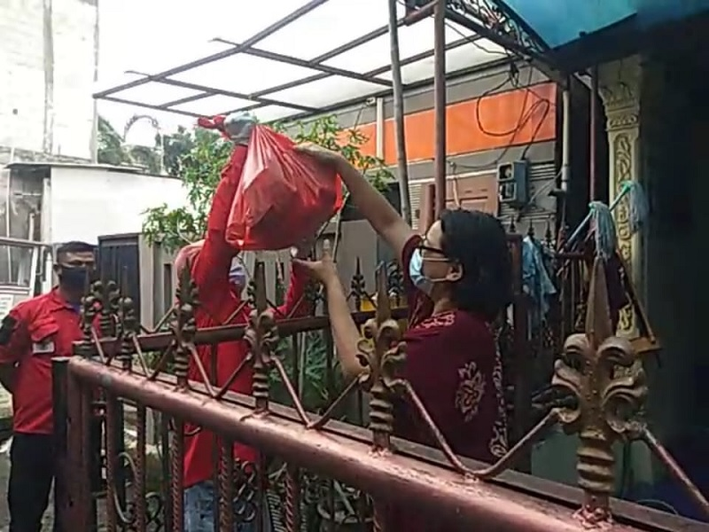 Banteng Kebayoran Baru Gelar Aksi Sosial & Bagi Sembako