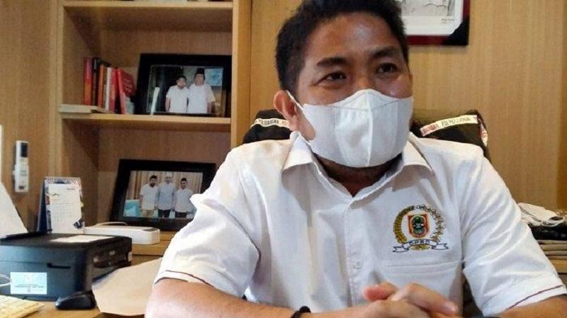 Soal Perizinan, Bang Dhin Minta Nelayan Tak Dipersulit