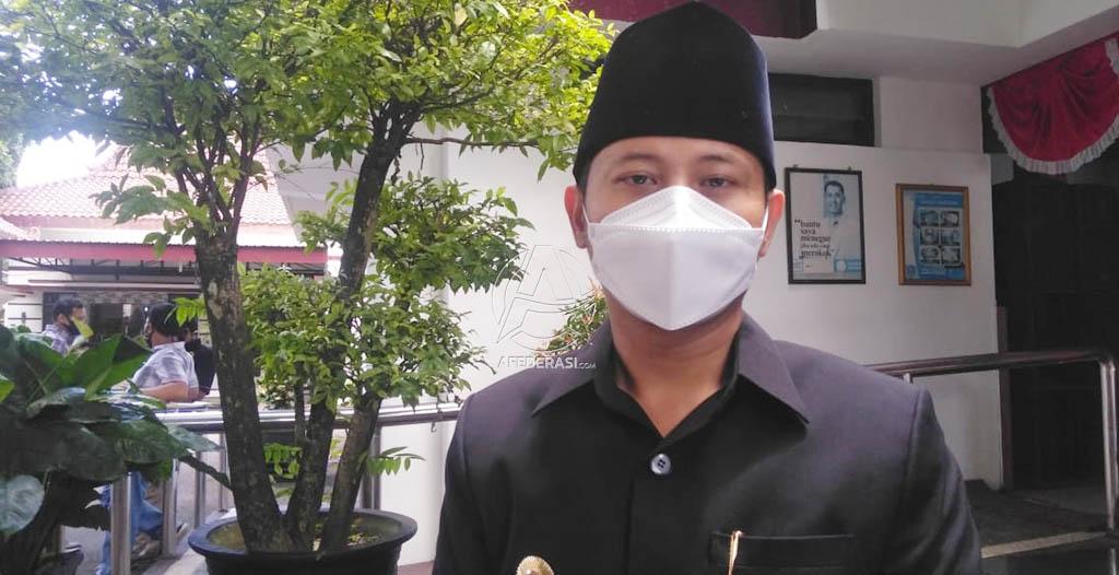 Bangun Angkatan Perang, Jasa Soekarno & KH Hasyim Asy'ari!