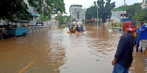 Banjir Jakarta, BAGUNA PDI Perjuangan Bantu Korban 5 Titik
