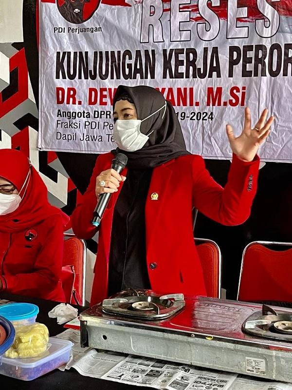 Dewi Aryani Resmikan BLK & Tanam Pohon di Ponpes Slawi Tegal