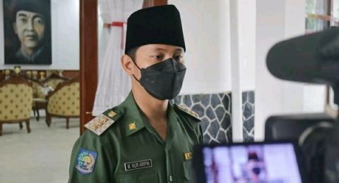 Gus Ipin Minta Khofifah Kaji Ulang Izin Tambang Emas PT SMN