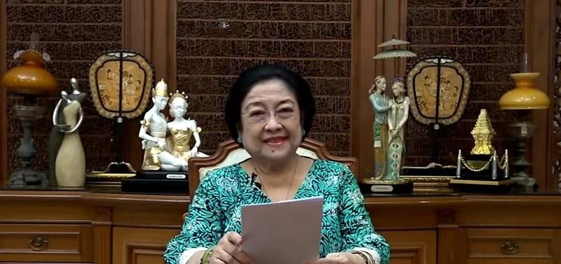 Megawati: Indonesia Punya Teknik Wastra Terlengkap di Dunia