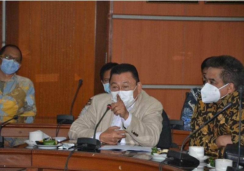 Bom Katedral Makassar, Cornelis: Rakyat Jangan Terprovokasi!