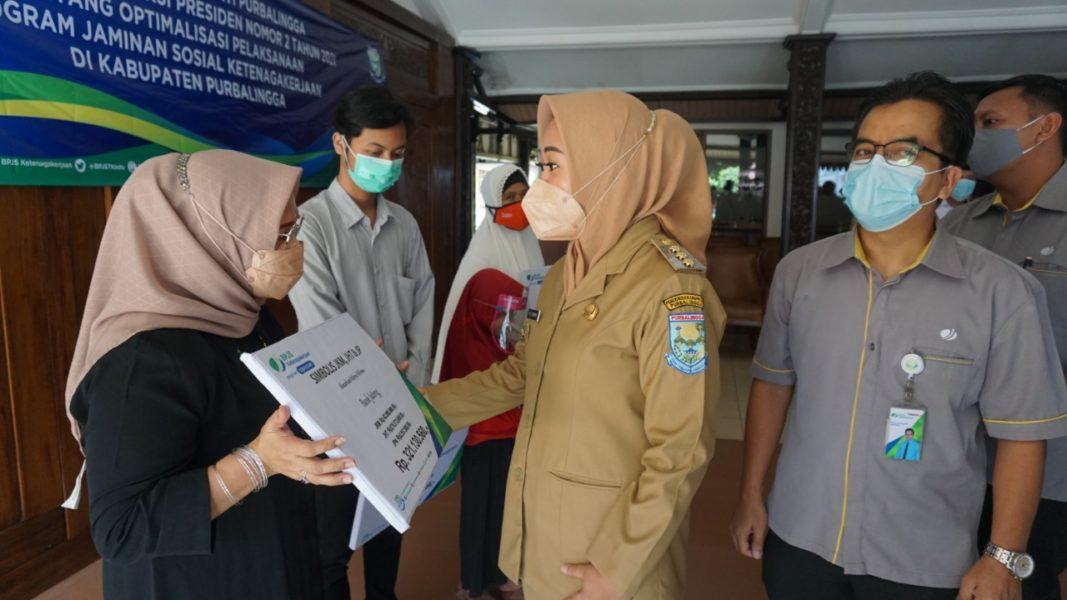 Tiwi Dorong Optimalisasi Kepesertaan BPJS Ketenagakerjaan