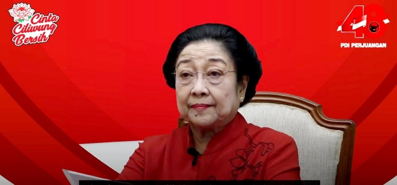 Penghormatan Awak Nanggala 402, Megawati Gelar Tabur Bunga