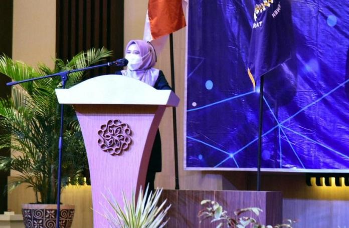 Ineu Dorong Kontribusi Nyata Kaukus Perempuan Parleman