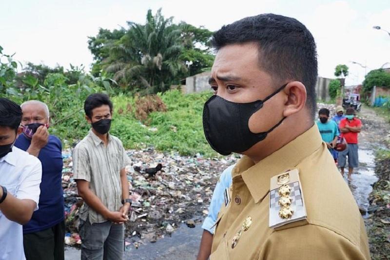 Bobby Beri Waktu Camat Polonia Bersihkan Sampah Dua Hari