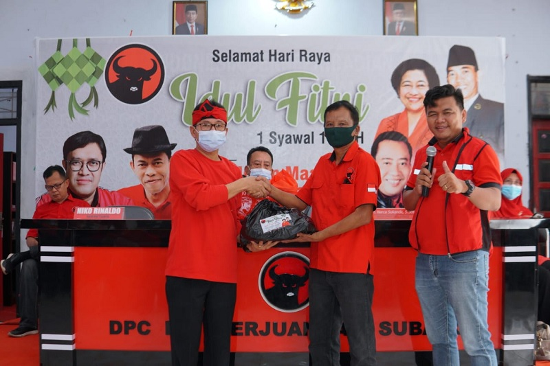 Banteng Subang Gotong Royong Siapkan 4000 Paket Lebaran