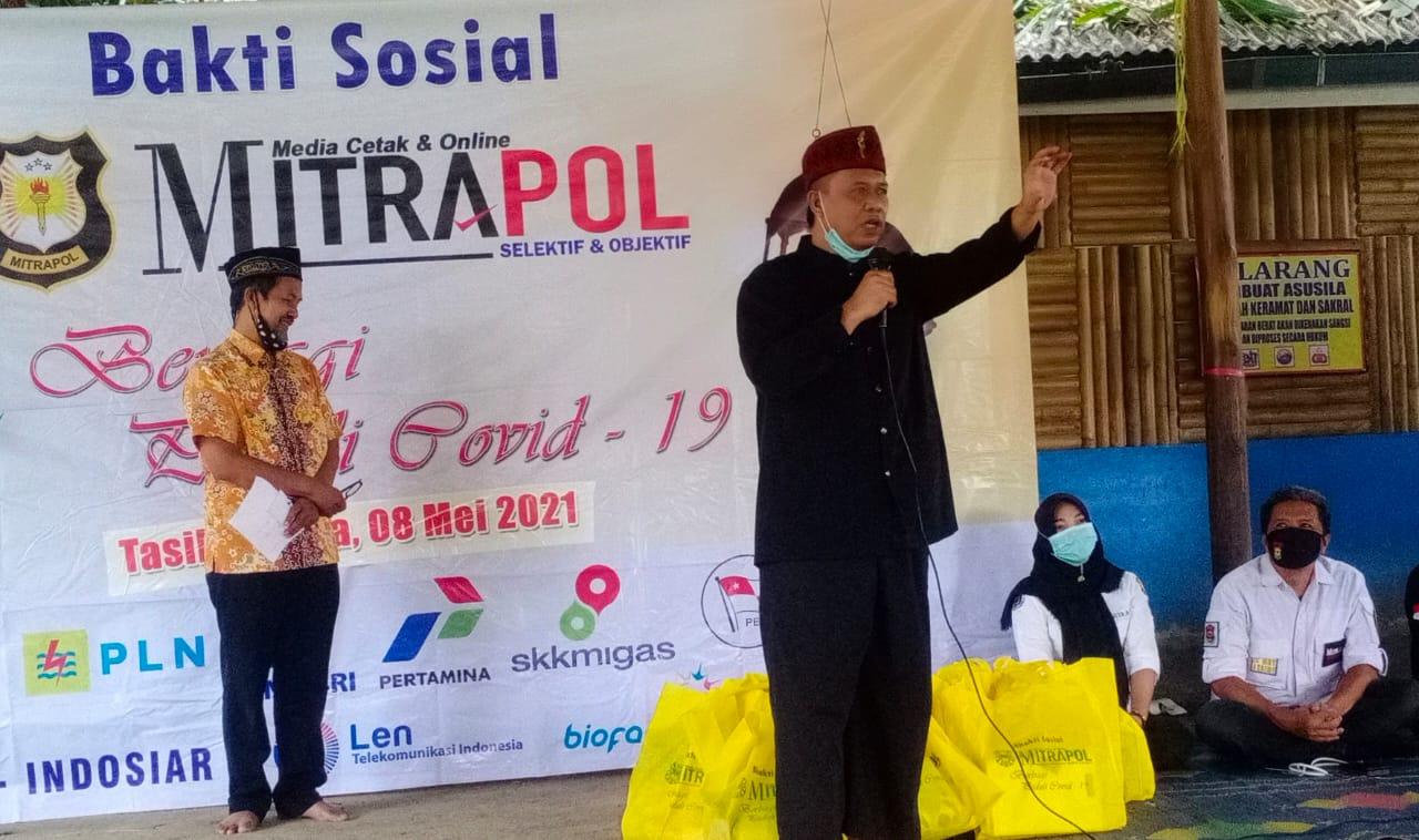 Jelang Lebaran, Anton Bagikan Ratusan Paket Sembako