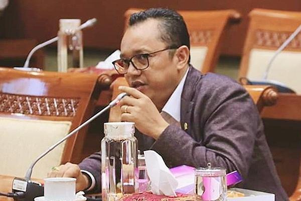 Deddy Dukung Erick Pecat Direksi Kimia Farma Diagnostik
