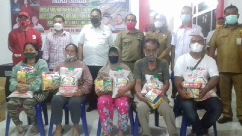 Baguna, TMP & Ketua DPRD Sumut Bantu Korban Bencana Parapat