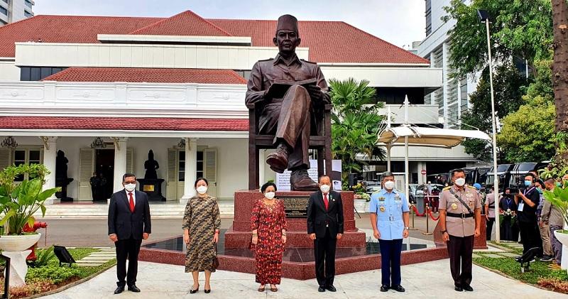 Megawati Ingatkan Insan Lemhannas, Pancasila Bukan Jargon