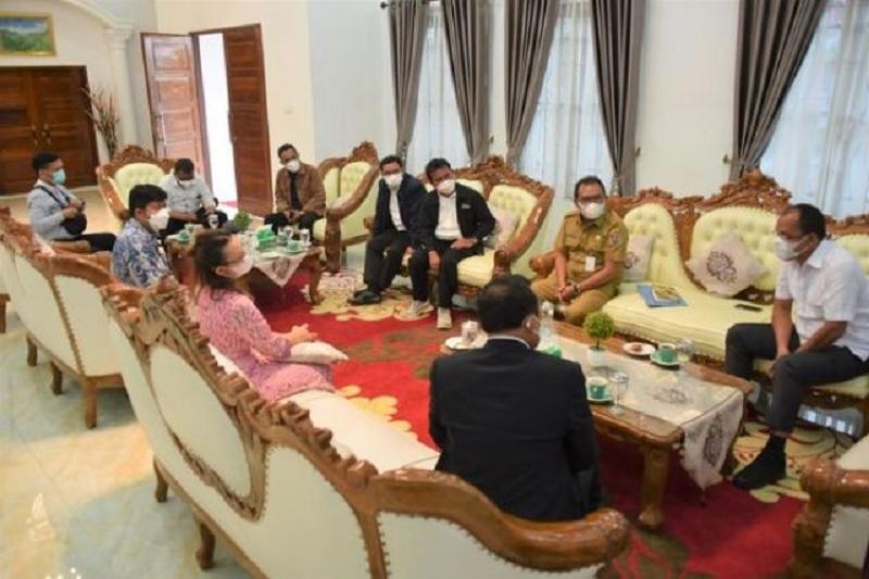 Bupati Humbahas Terima Kunjungan Ephorus HKBP & Rombongan