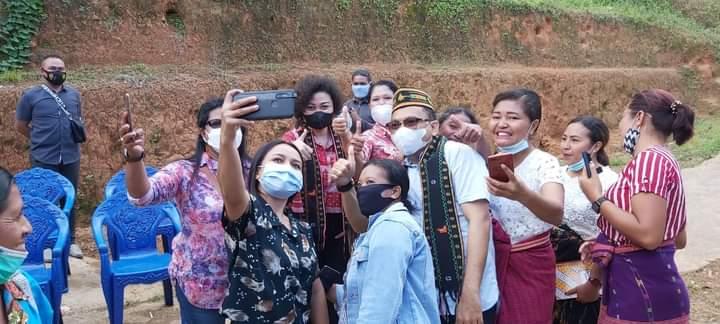 Ansy Kunjungi Empat Kelompok Wanita Tani di Manggarai
