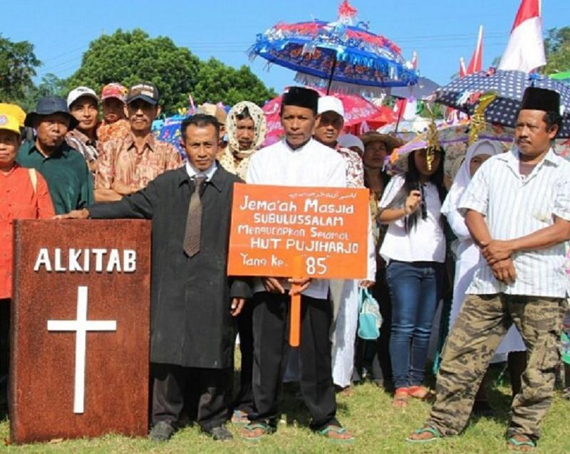 Toleransi Beragama Sehidup Semati Ada di Desa-Desa Ini