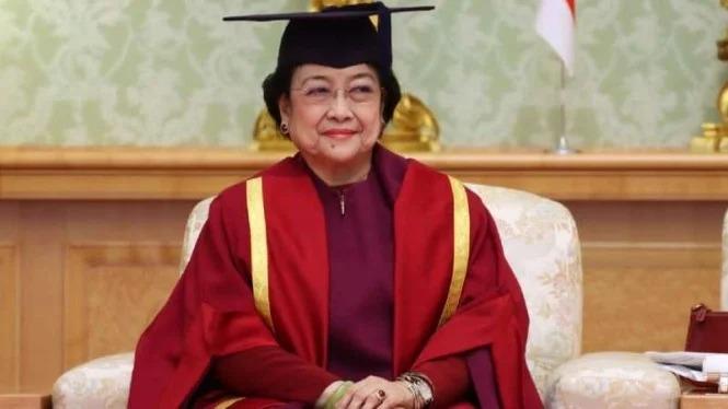 Raih Gelar Profesor, Cornelis Ucapkan Selamat ke Megawati