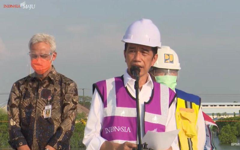 Presiden Jokowi Tinjau Proyek Jalan Tol Semarang-Demak